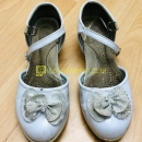 Туфли для девочки белые